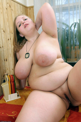 Amateur big tits mature fatties