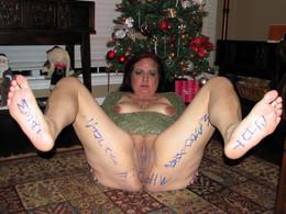 Mature fuck sluts exposing her flabby..