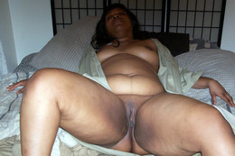 Thick ebony exhibitionist sparkles in..