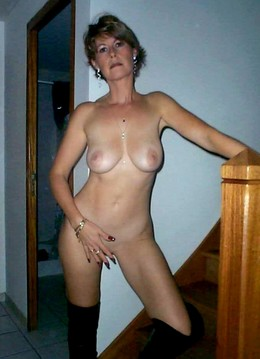 Amazing glamour MILFs with natural..