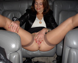 Dissolute mature girlfriends spreading..